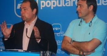 David Toscano en una rueda de prensa en la que explicó la situación quiebra municipal que se encontró al llegar a la Alcaldía de Aljaraque.