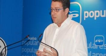 Francisco Riquel.