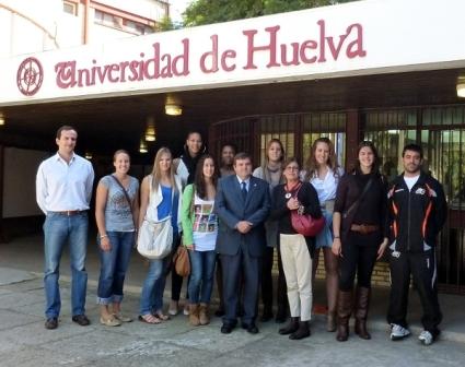 Visita al rector del Club Baloncesto Conquero.