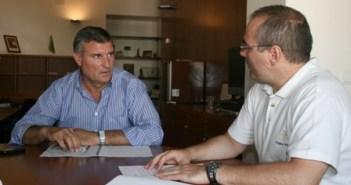Reunión en Cartaya del alcalde con los comerciantes.