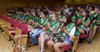 Alumnos que recibieron la Beca 6000