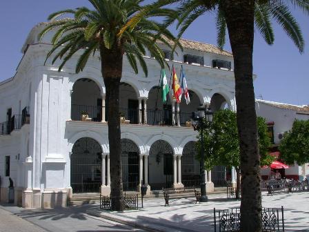 edificio del ayuntamiento de Almonte