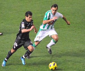 Rafita en un partido contra el Córdoba.