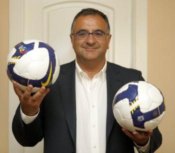 Roberto Gómez.