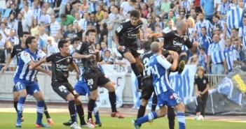 Partido entre el Deportivo de la Coruña y el Recreativo.