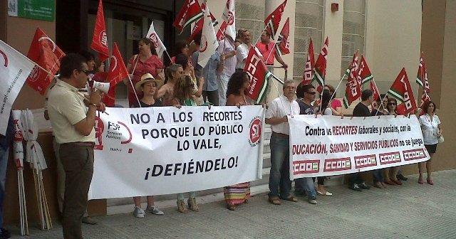 Protesta de los sindicatos este lunes.