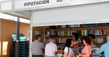 Stand de la Diputación en la Feria del Libro.