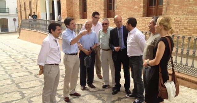 Los portavoces del PP en el Andévalo reunidos en Calañas.