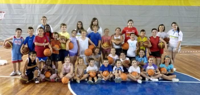 Escuela de Verano del CB Conquero.