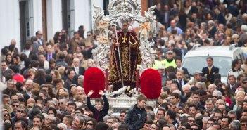 San Antonio Abad por las calles de Trigueros. (Julián Pérez)
