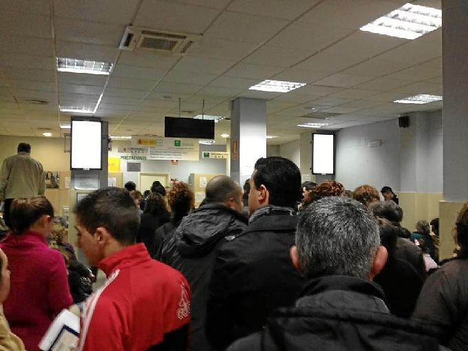 Huelva registra la mayor bajada del paro en enero a nivel for Oficina del paro murcia