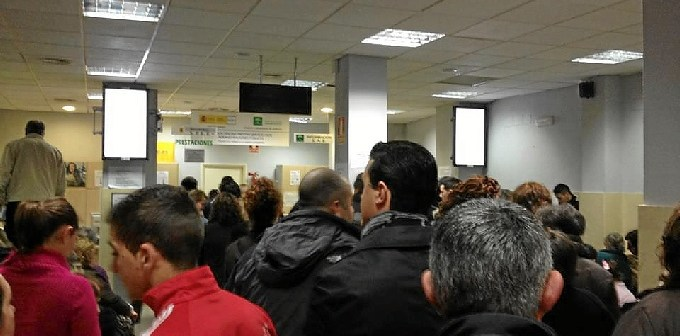 Imagen de archivo de una oficina de empleo en Huelva.
