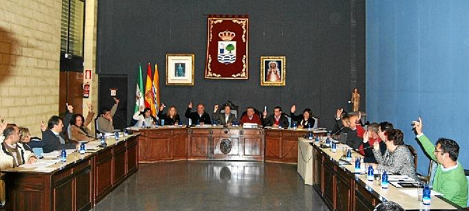 Imagen de archivo de un pleno de Isla Cristina.