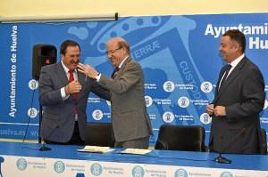 Convenio del Ayuntamiento de Huelva con Feaps.