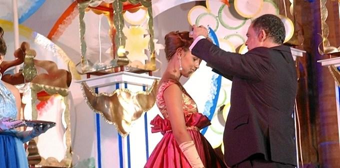 Coronación de la reina de la Fiesta de la Vendimia de la pasada edición.