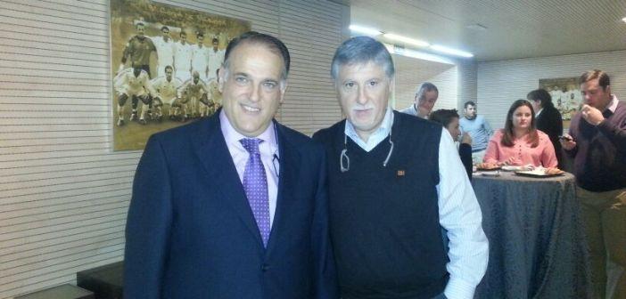 Javier Tebas, presidente de la LFP y José Luis Martín, vicepresidente del Recreativo.