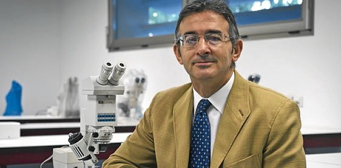 Rector de la Universidad de Huelva.