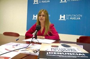 La diputada presenta los actos organizados por la Diputación.