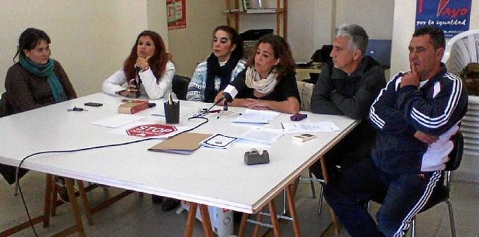 Rueda de prensa del comité del personal laboral en el Ayuntamiento de Ayamonte.