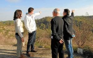 Loles López, durante una visita a la zona del proyecto Masa Valverde,
