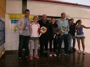 Ganadores del Campeonato Provincial de pádel.