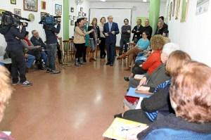 Alcalde visita proyecto Auto Lazareto