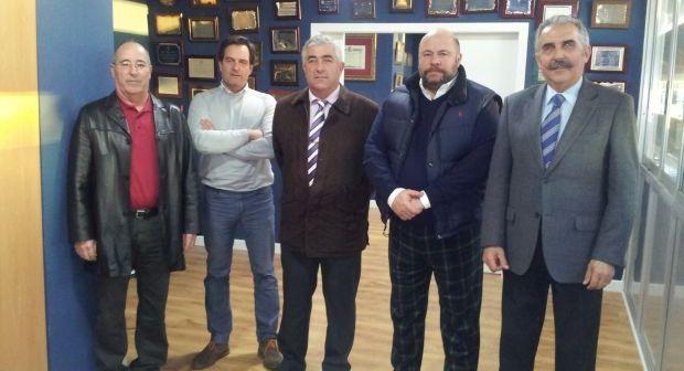 Representantes del Recreativo de Huelva y Real Club Marítimo de Huelva.