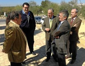 20140306 subdelegado visita obras PROFEA Chucena