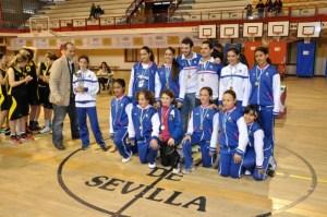 Equipo de minibasket del Conquero-Huelva.