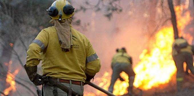 Imagen de uno de los incendios del pasado año. (Foto: José Carlos Sánchez-Multimagenestudio)