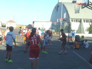 3 por 3  de baloncesto en Gibraleón.