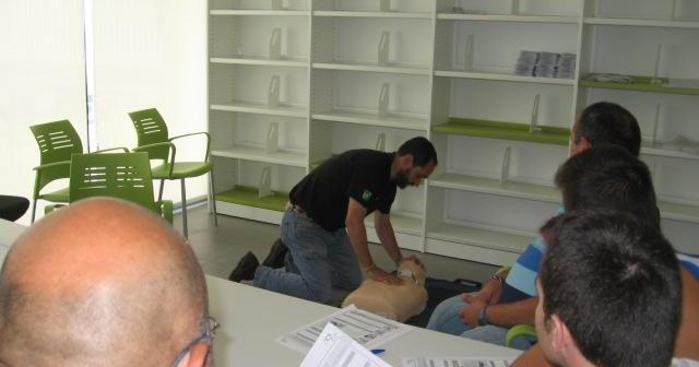 Curso de reanimación cardio pulmonar en La Palma del Condado.
