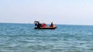 Lancha de Salvamento Marítimo en plena búsqueda. (R. Mora)