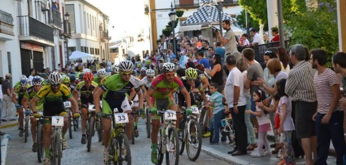 Salida del Rally Villa de Paterna del Campo.