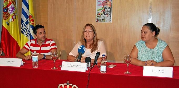 La Teniente de Alcalde, el presidente de la ACI y la secretaria de la FIPAC han daod a conocer este evento