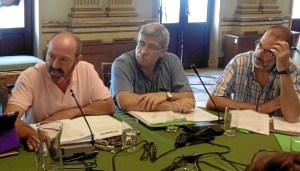Pedro Jimenez interviene en pleno de Huelva junto a Juan Manuel Arazola y Gonzalo Revilla