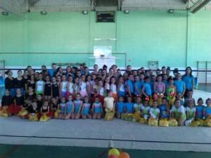 Escuela de verano del Club Rítmico Colombino.