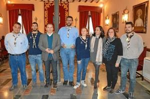 Foto familia con Grupo Scout