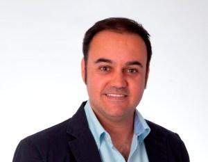 concejal de IU parterna del campo Antonio Becerril