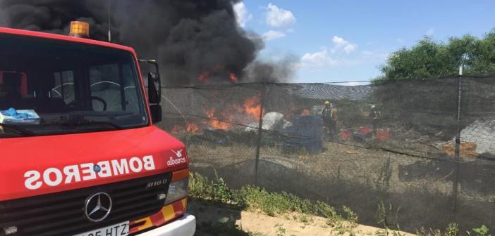 incendio en una nave de Palos de la Frontera 756_n
