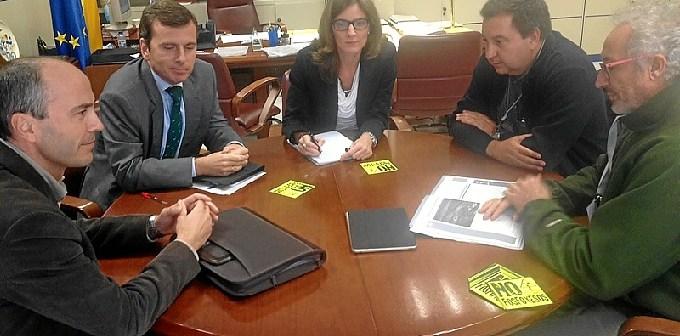 Reunión con responsables del Centro de Investigación en Química Sostenible.