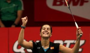 Carolina Marín celebra el pase a la final del Mundial de bádminton.