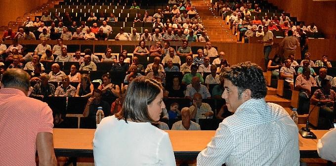 9 sept-Reu Ayto-agricultores Montes Propios 078