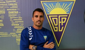 Arthuro Bernhardt, nuevo jugador del Recreativo de Huelva.