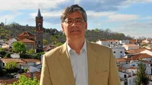 Jose Luis Perez Tapias, portavoz IU en Ayuntamiento de Fuenteheridos