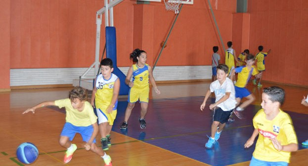Liga Escolar de Minibasket en Aljaraque.