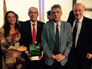 Antonio Toledo, junto a Manoli Romero, Angel María Villar y Vicente del Bosque.