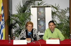 La Alcaldesa, Antonia Grao presenta junto al Concejal de Comercio esta nueva iniciativa