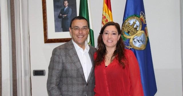 Ignacio Caraballo, presidente de la Diputación y Manuela Romero, presidenta del Cajasol Sporting.