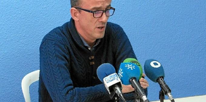 Gabriel Carrasco en rueda de prensa.